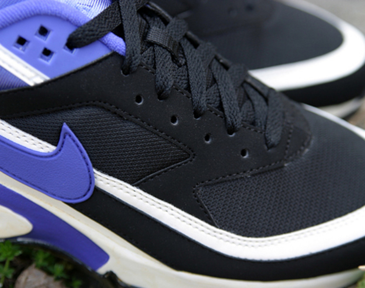 nike-air-classic-bw-og-persian-violet-arriving-at-retailers-01