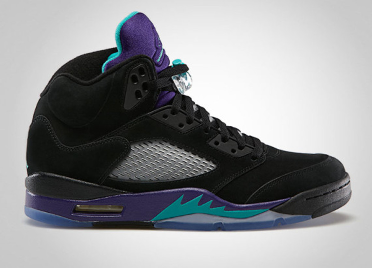 air-jordan-v-black-grape-release-info-02
