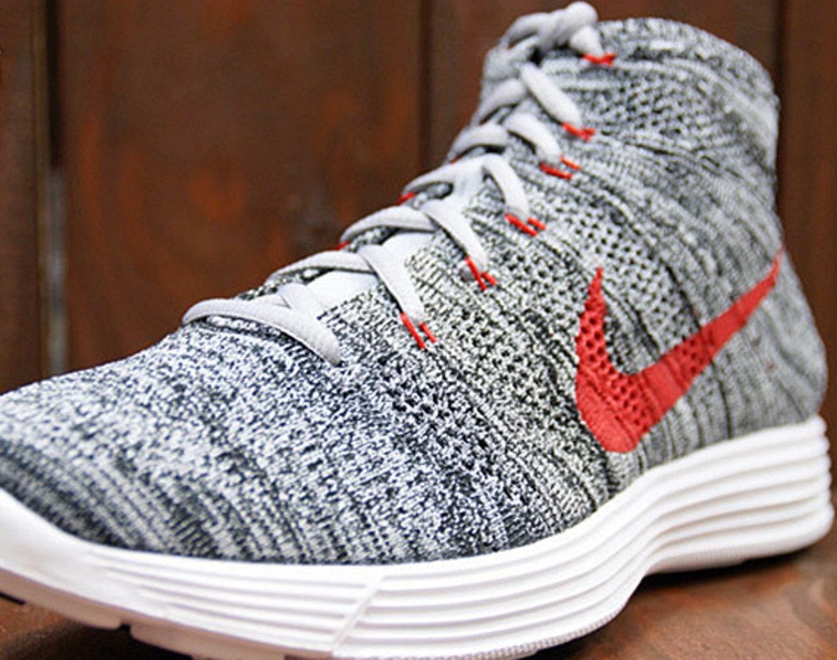 quality design 6e06c 8a5f6 Traditional desert boots need not apply, the preferred footwear this summer  is the Nike Lunar Flyknit Chukka. Quipped with a breathable knit upper, ...