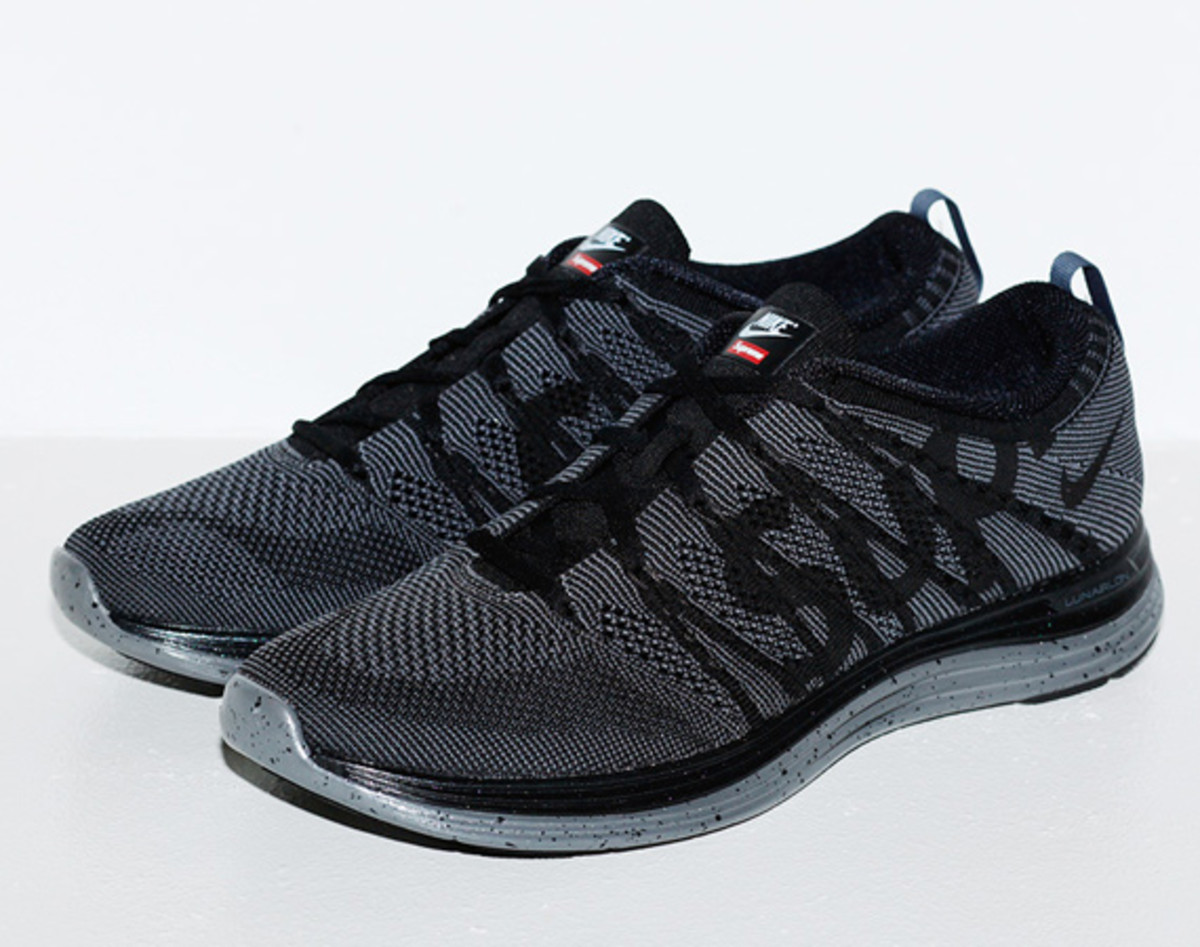 7384a1f7ed529f Releasing on this day is the Supreme x Nike Flyknit Lunar1+