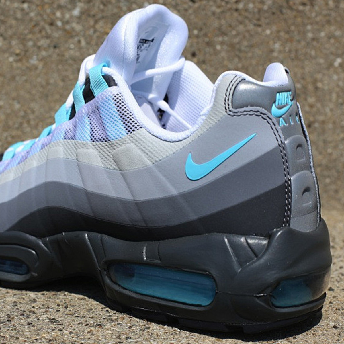 nike air max 95 no sew anthracite tide pool blue cool. Black Bedroom Furniture Sets. Home Design Ideas