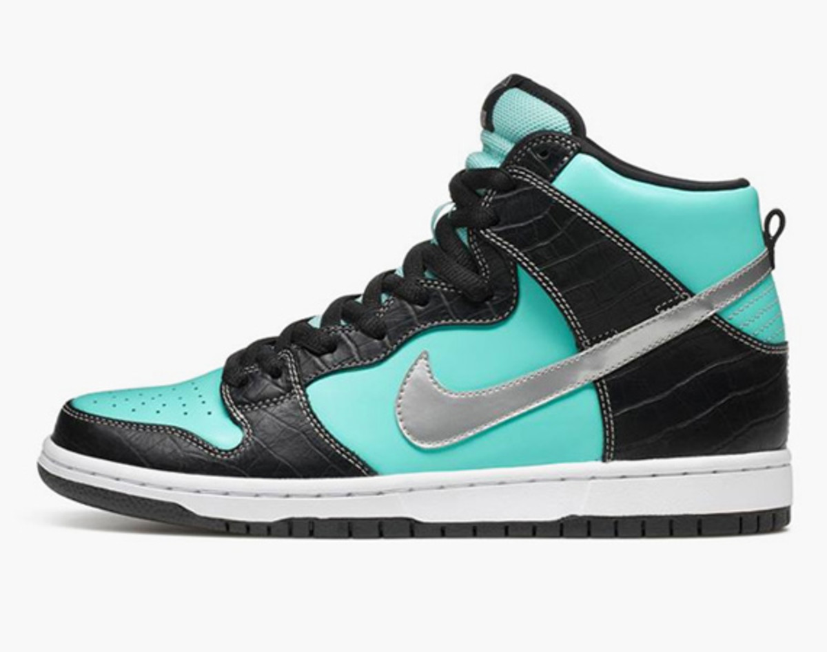 689911da0614 While the release of Diamond Supply Co. x Nike SB Dunk High Premium drummed  up much fervor Stateside this past February
