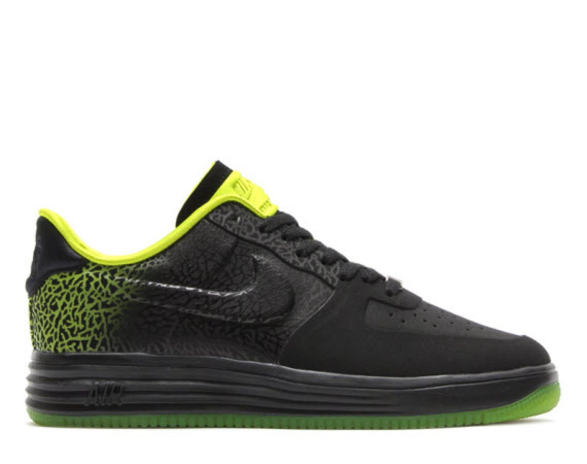 nike lunar force 1 lux black venom green freshness mag. Black Bedroom Furniture Sets. Home Design Ideas