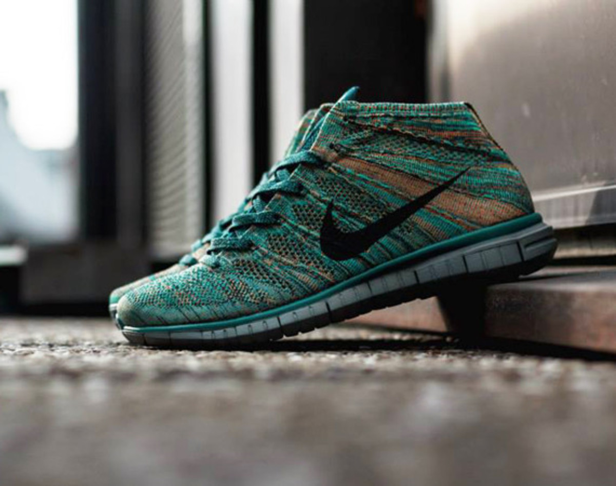 separation shoes 049fa 7b803 nike-free-flyknit-chukka-mineral-teal-01