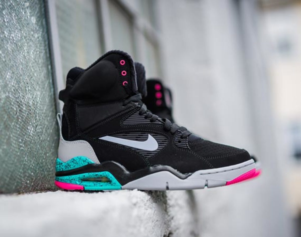Nike Air Command Force -