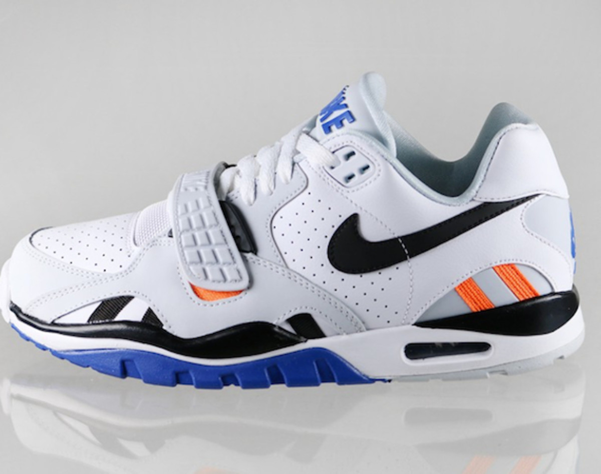 timeless design 6bf88 9efe2 nike-air-trainer-sc-ii-low-knicks-00