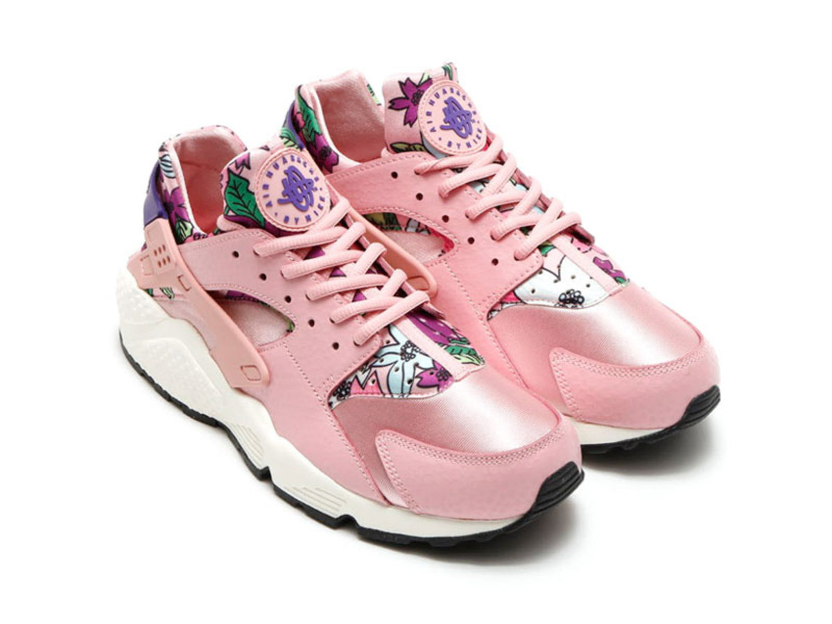 ac9ad36e6458 Nike Women s Air Huarache