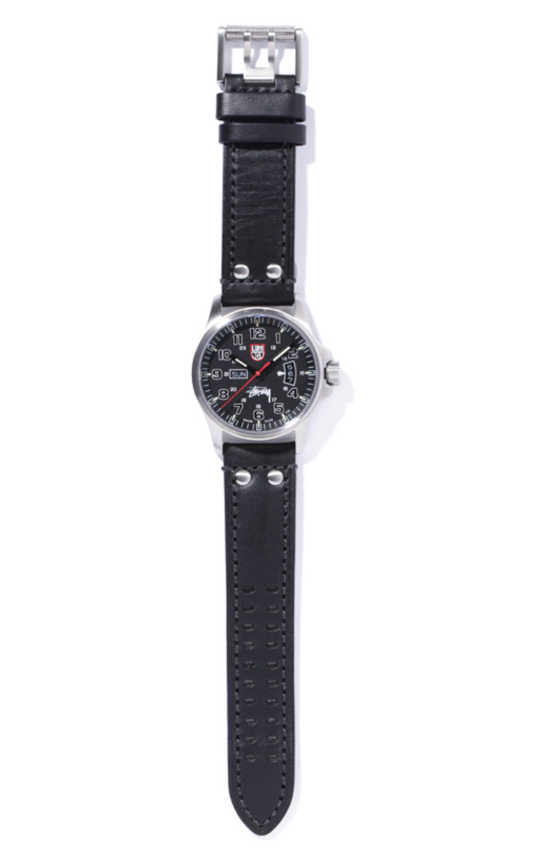 stussy-luminox-field-military-watch-02