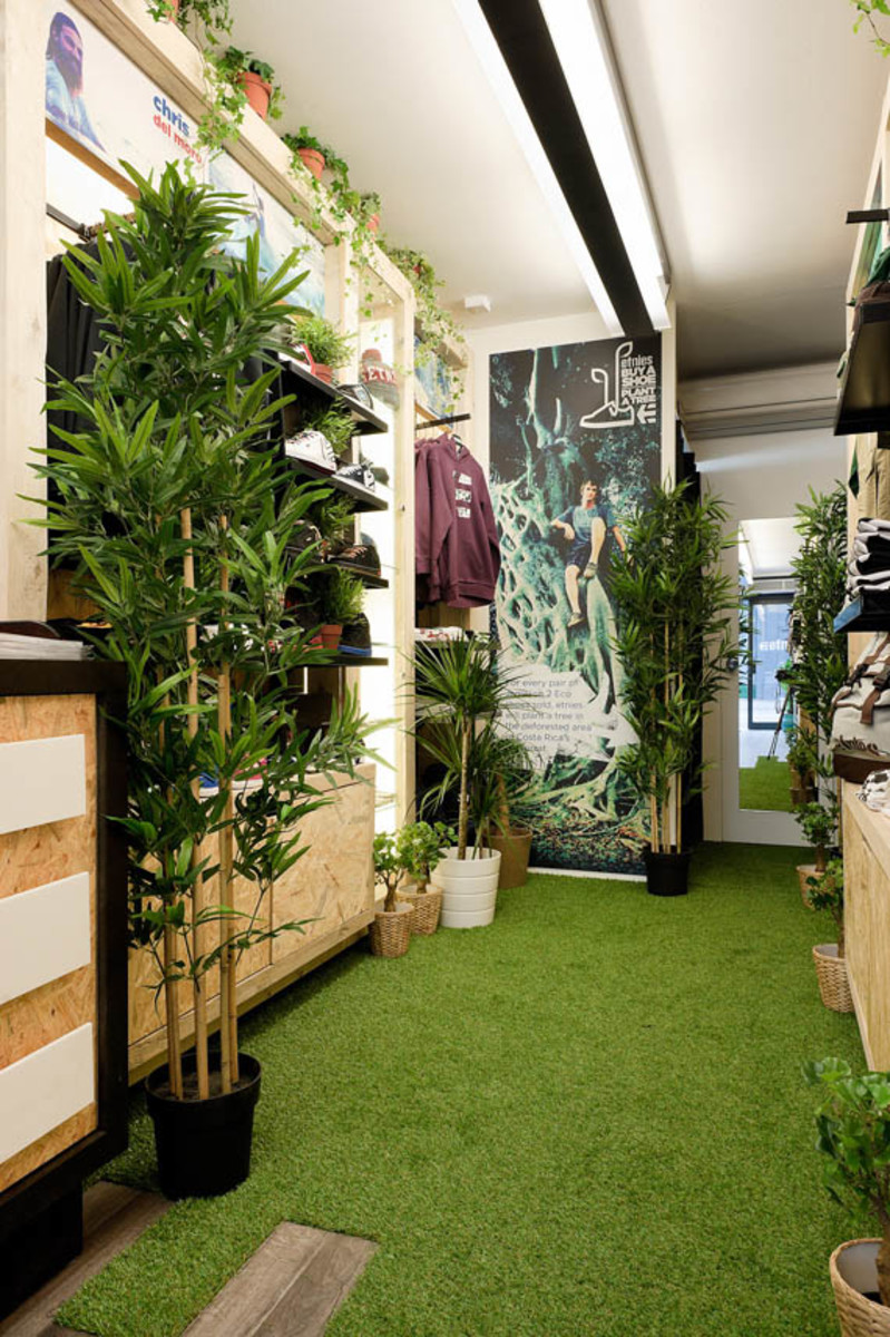 etnies-boxpark-shoreditch-pop-up-mall-07