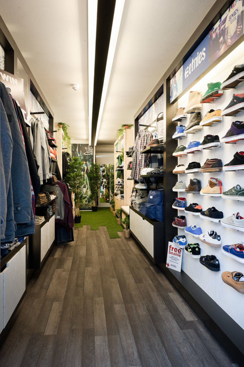 etnies-boxpark-shoreditch-pop-up-mall-04