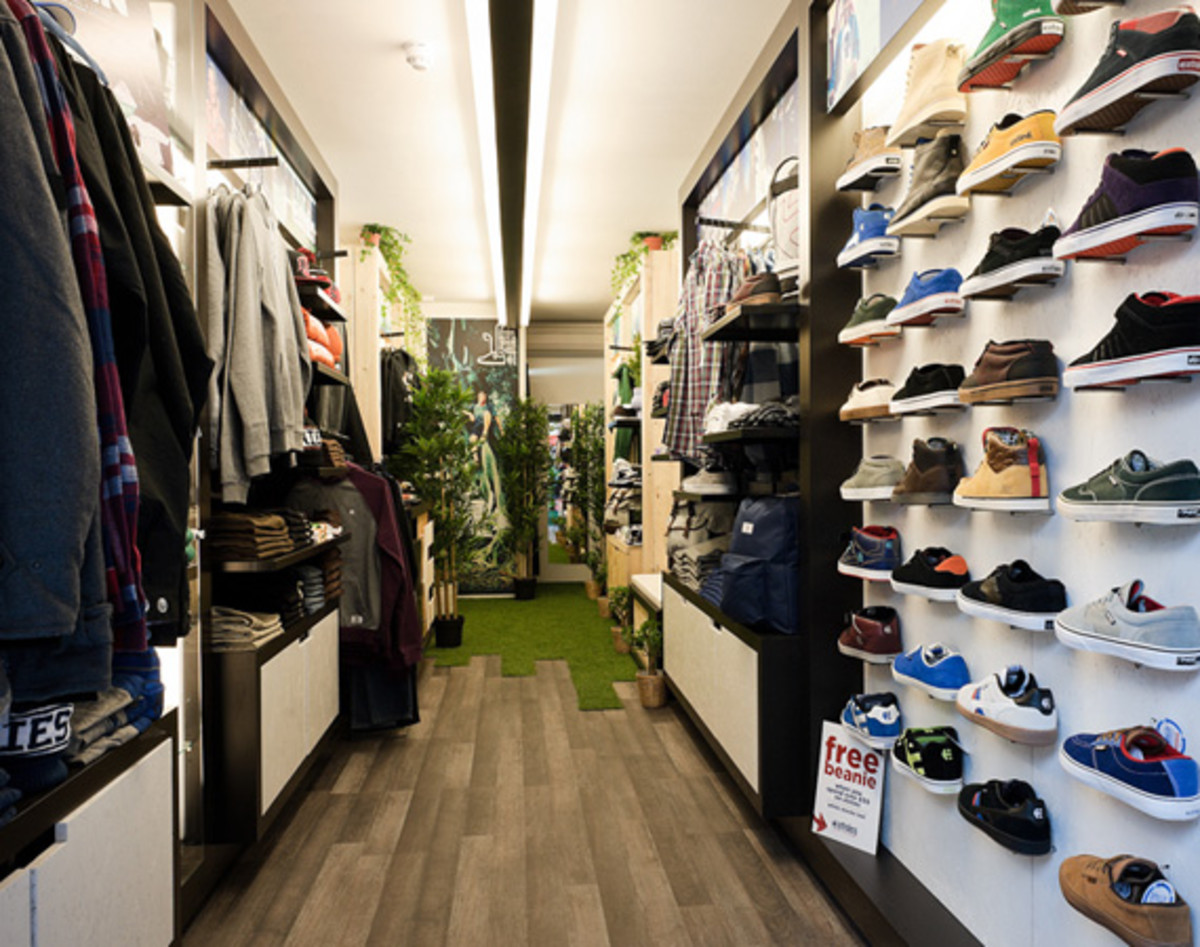 etnies-boxpark-shoreditch-pop-up-mall-05