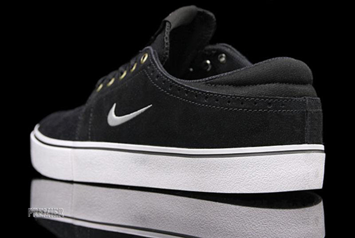 nike-sb-january-sb-team-edition-05