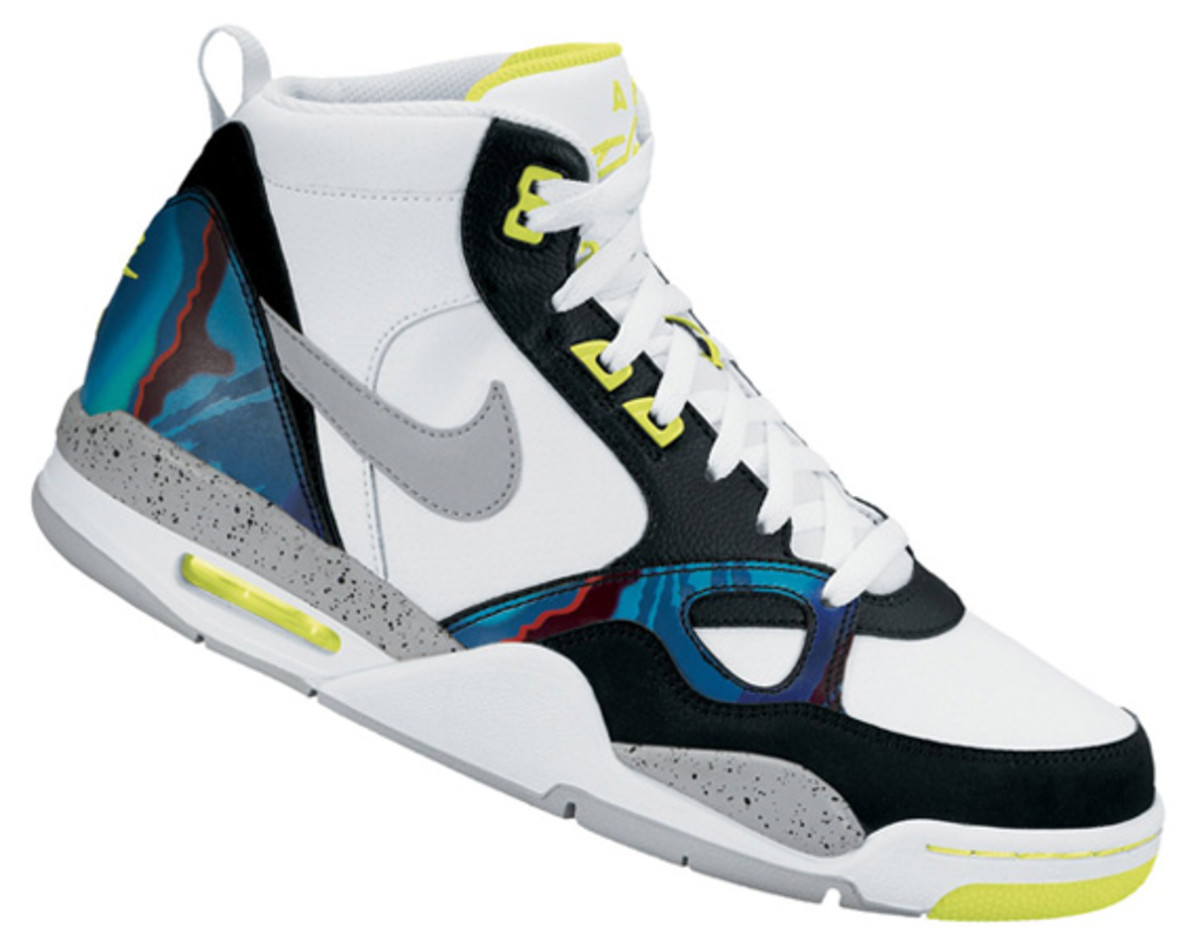 nike-flight-13-mid-air-tech-challenge-579961-104-04