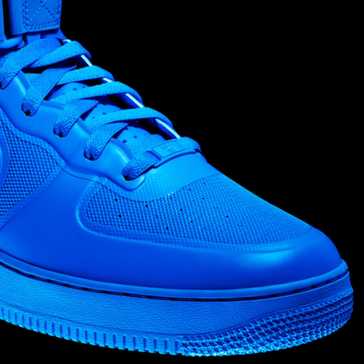 nike-sportswear-air-force-one-hyperfuse-32