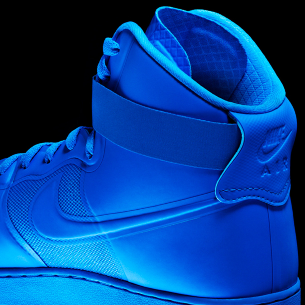 nike-sportswear-air-force-one-hyperfuse-34