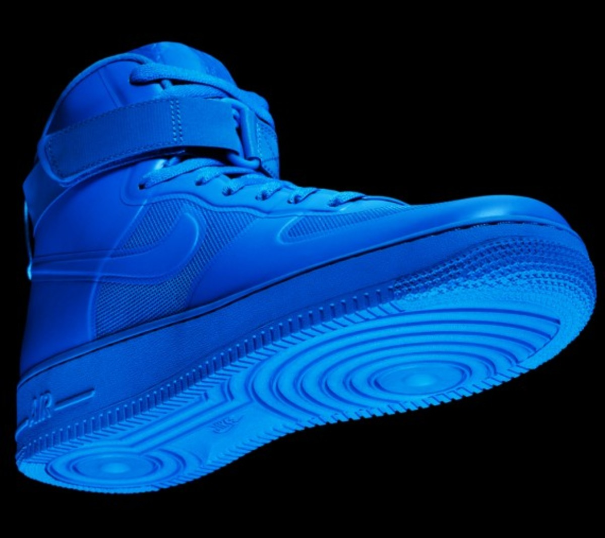 nike-sportswear-air-force-one-hyperfuse-35