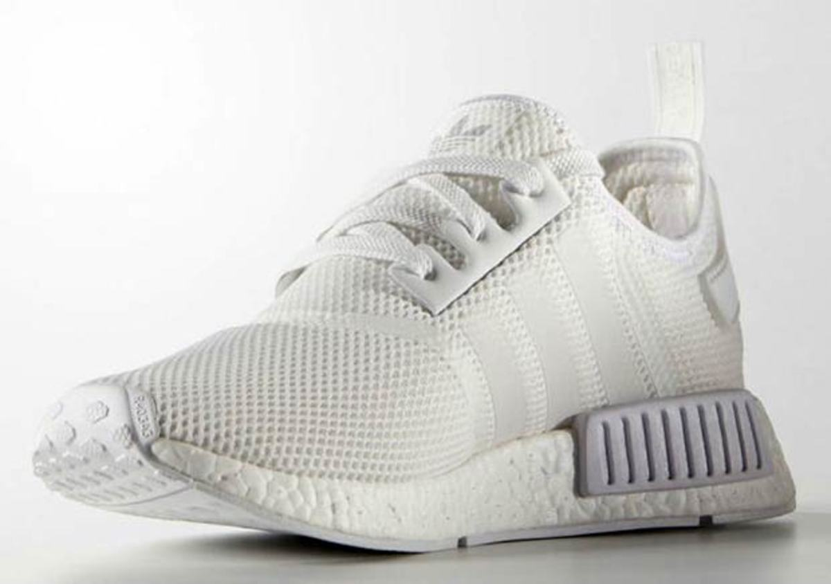 adidas nmd runner triple white freshness mag. Black Bedroom Furniture Sets. Home Design Ideas