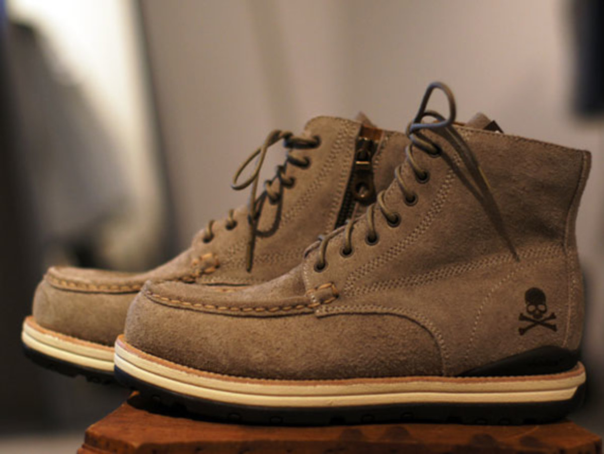 visvim-matermind-japan-boots-fall-winter-2012-02