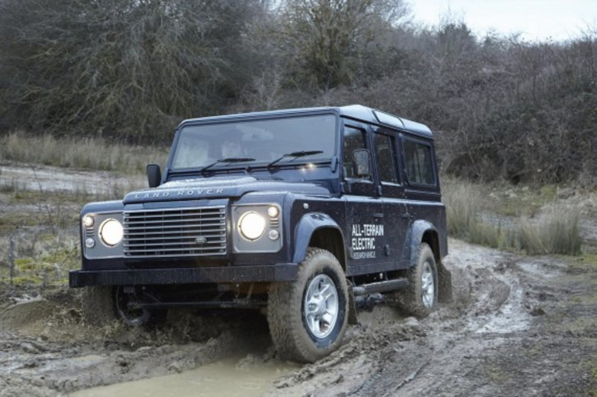 land-rover-defender-electric-research-vehicle-14