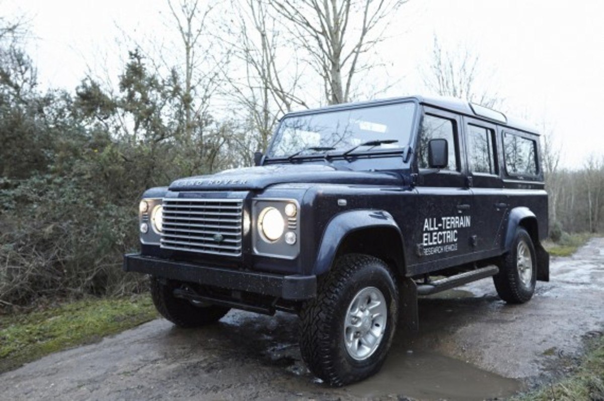 land-rover-defender-electric-research-vehicle-13