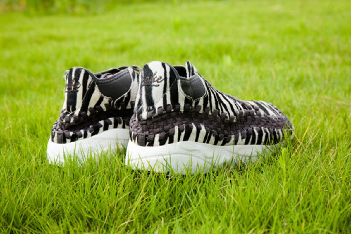 nike-air-footscape-woven-chukka-motion-leopard-zebra-0009