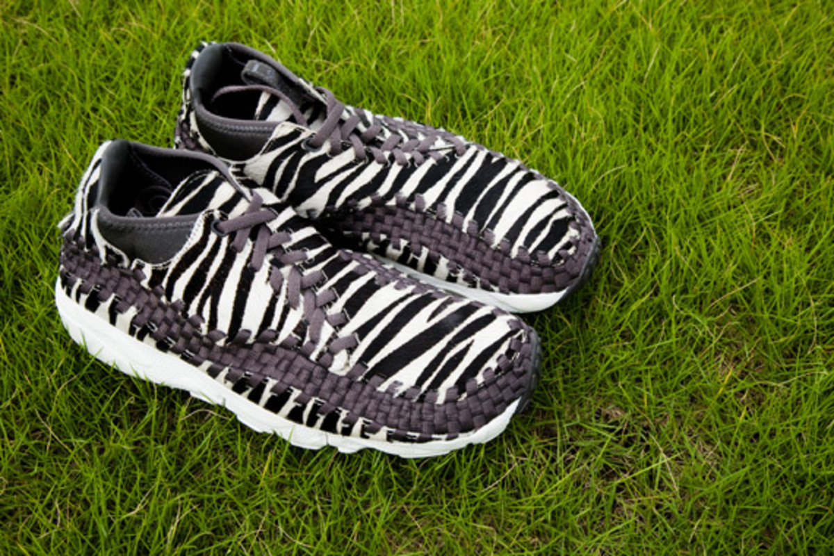 nike-air-footscape-woven-chukka-motion-leopard-zebra-0008