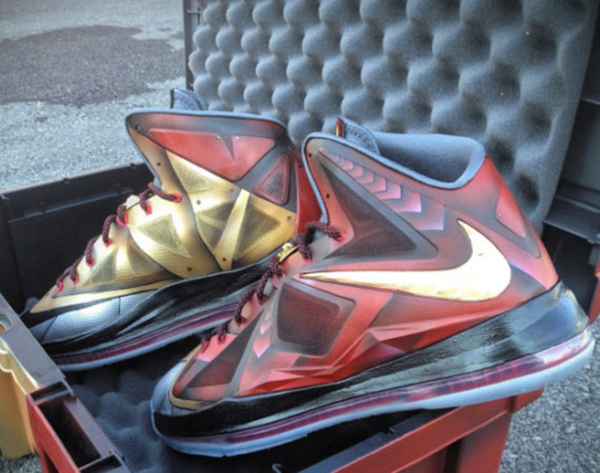 nike-lebron-x-ironman-3-customs-by-mache-for-lebron-james-1
