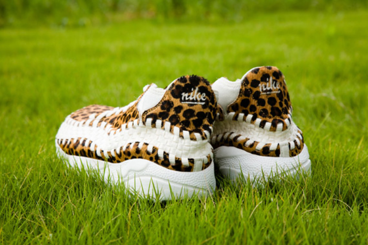 nike-air-footscape-woven-chukka-motion-leopard-zebra-0005