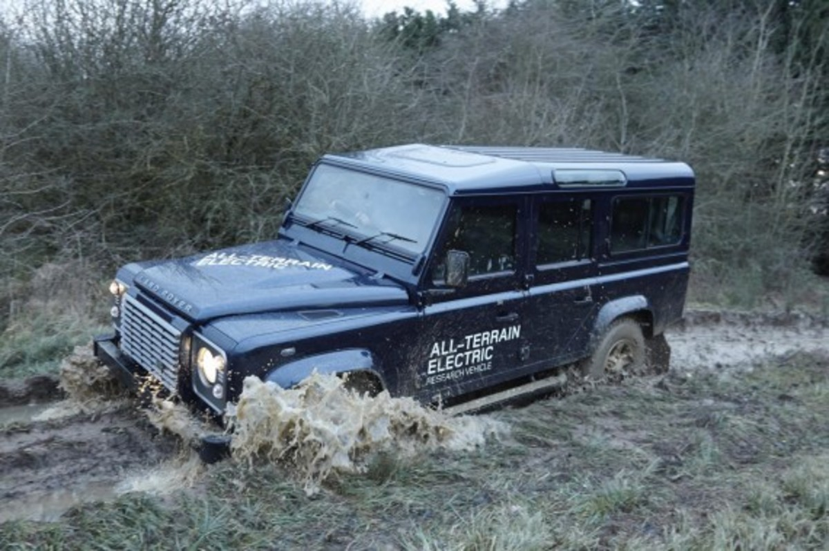 land-rover-defender-electric-research-vehicle-15