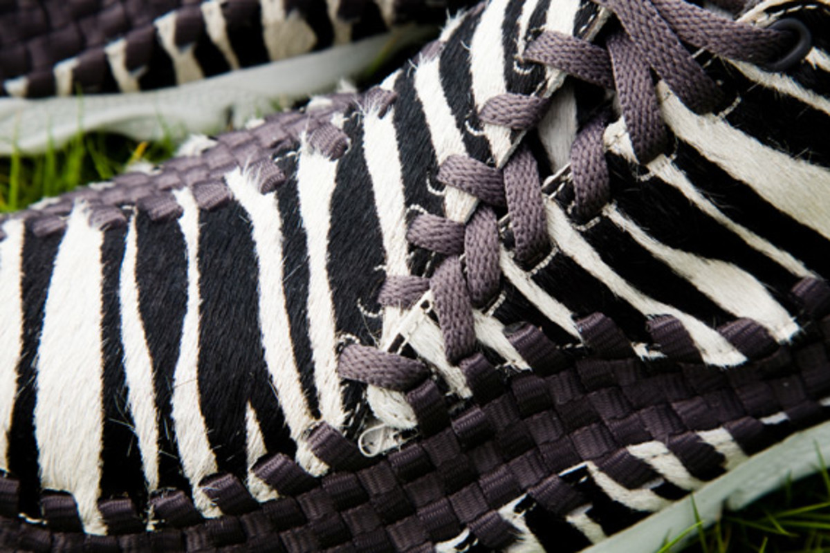 nike-air-footscape-woven-chukka-motion-leopard-zebra-0010