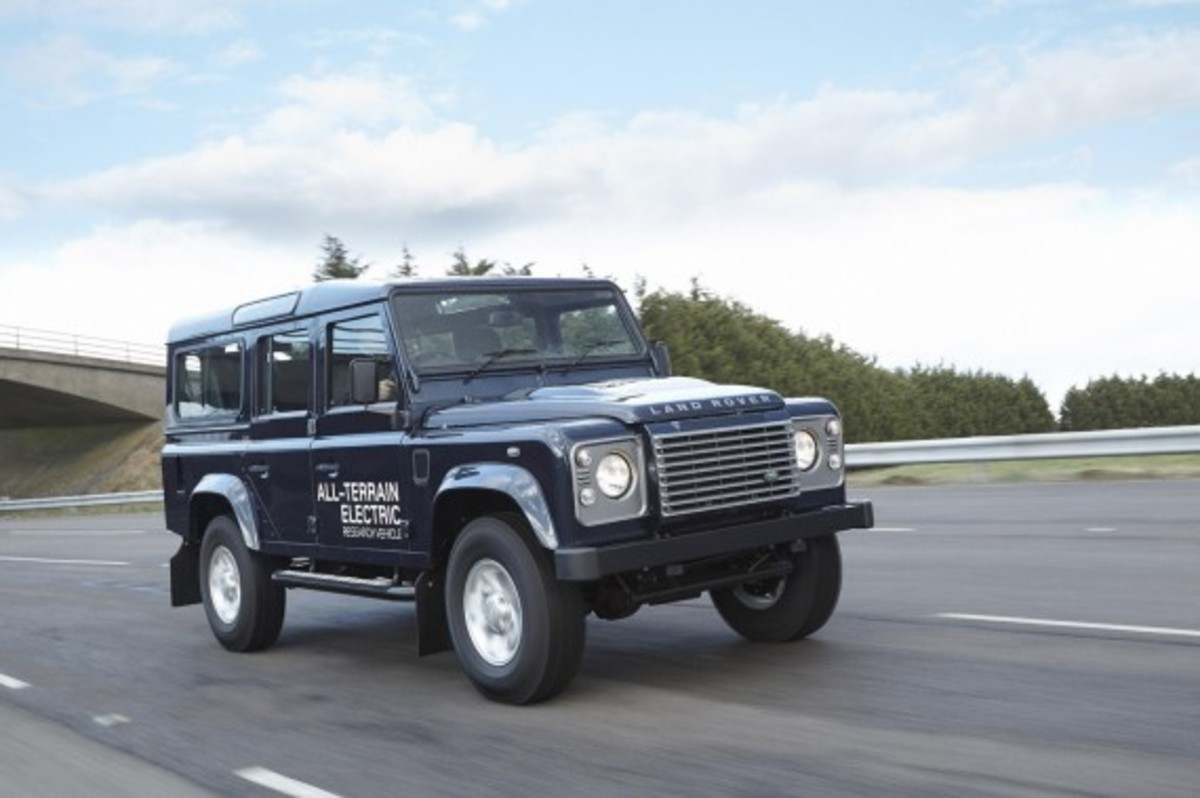 land-rover-defender-electric-research-vehicle-03