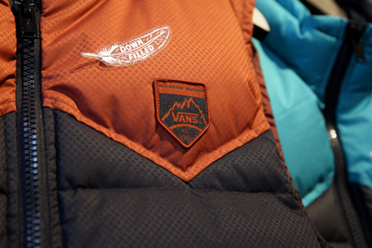 vans-holiday-2012-apparell-collection-02