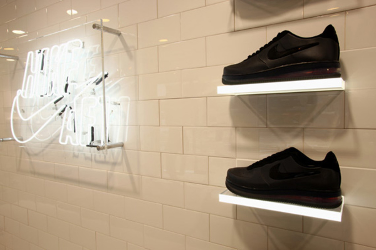 nike-air-force -1- xxx-anniversary- the-pivot-point-pop-up-shop-tokyo-20