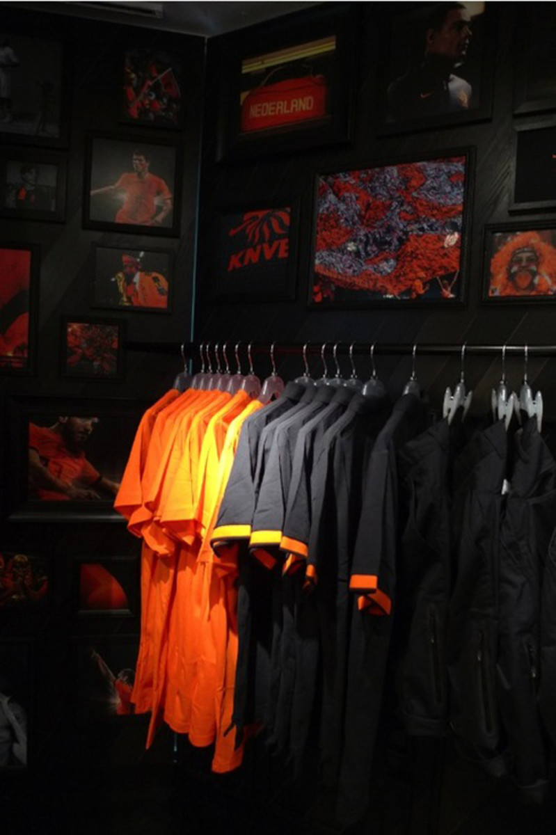 nike-football-pop-up-store-tokyo-13