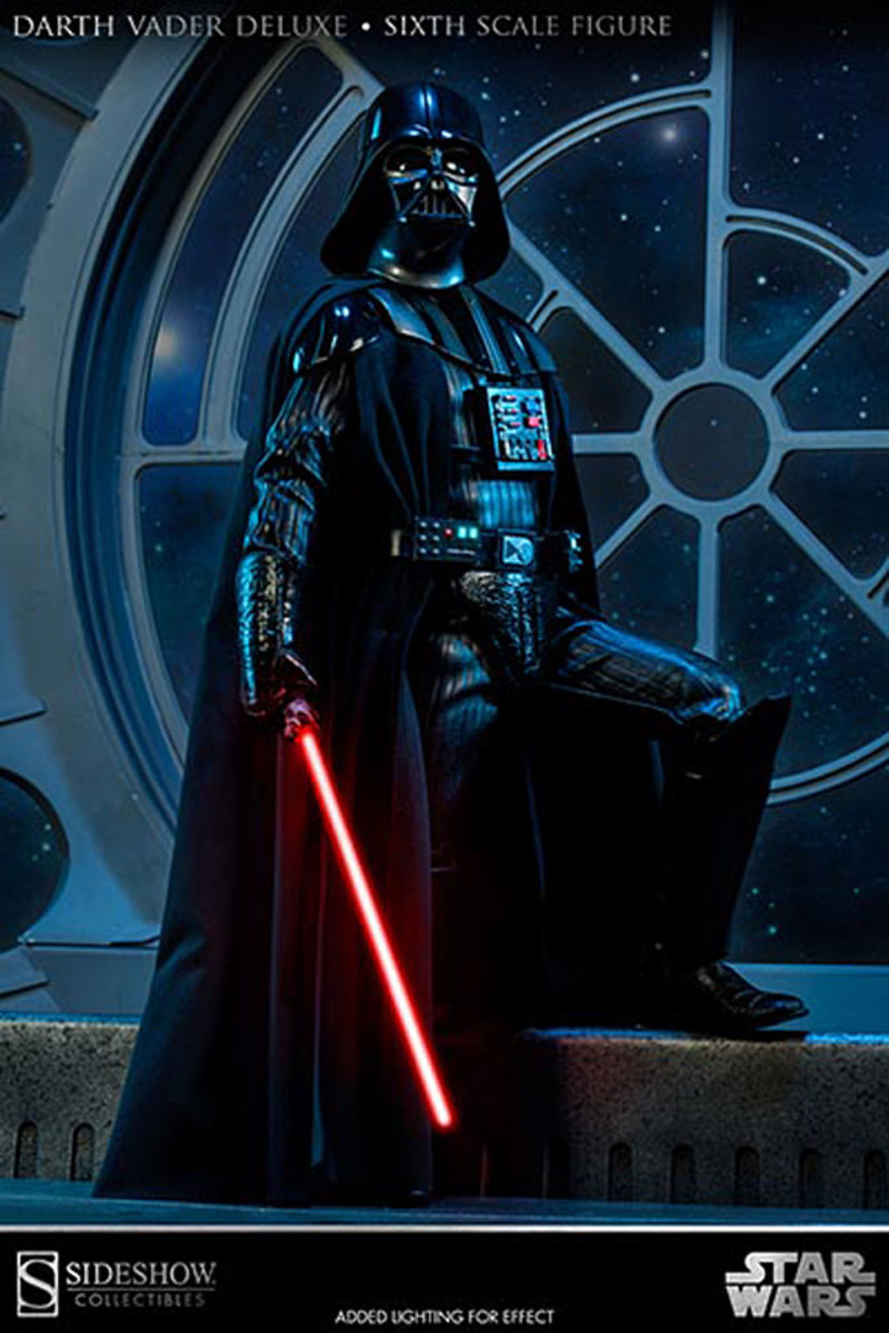 sideshow-collectibles-darth-vader-figure-02