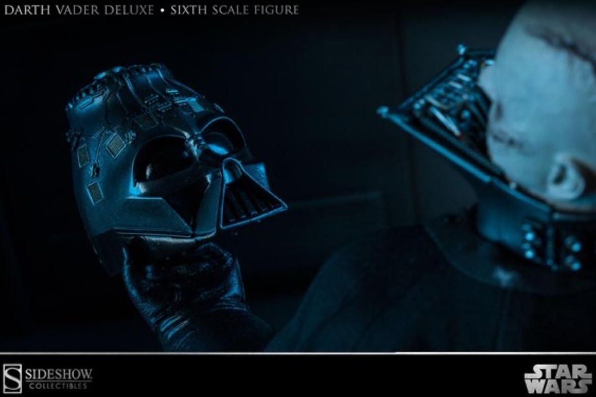 sideshow-collectibles-darth-vader-figure-04