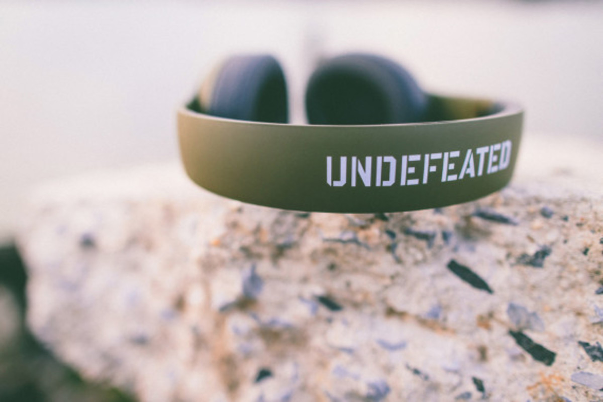 undefeated-beats-by-dre-studio-headphones-04