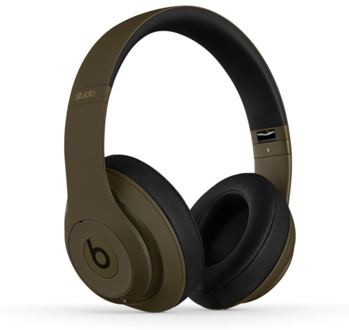 undefeated-beats-by-dre-studio-headphones-02