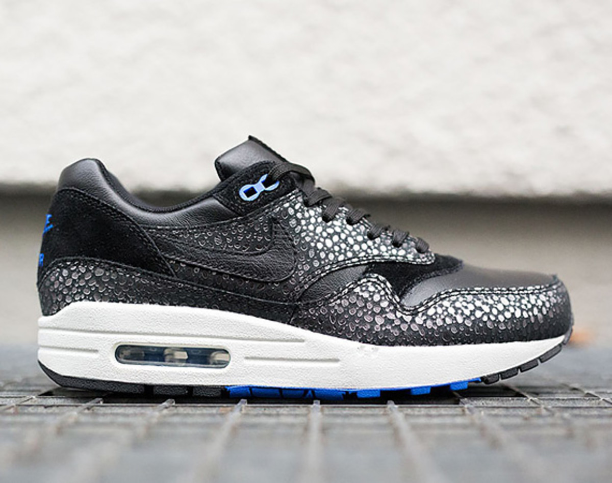 "uk availability 0e46e fc8a3 Nike Air Max 1 Deluxe ""Safari""Style: 684708-001Color: Black/Black-Photo  Blue Price: $150Release Date: 11/28/2014 (Black Friday)Get Them On eBay"