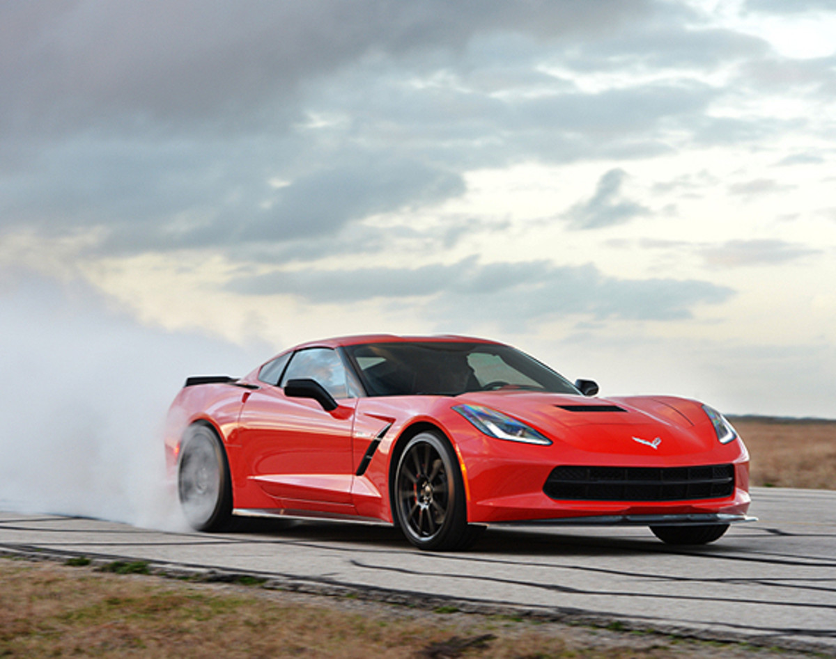 Corvette Stingray HPE700 Twin Turbo | Tuned By Hennessey