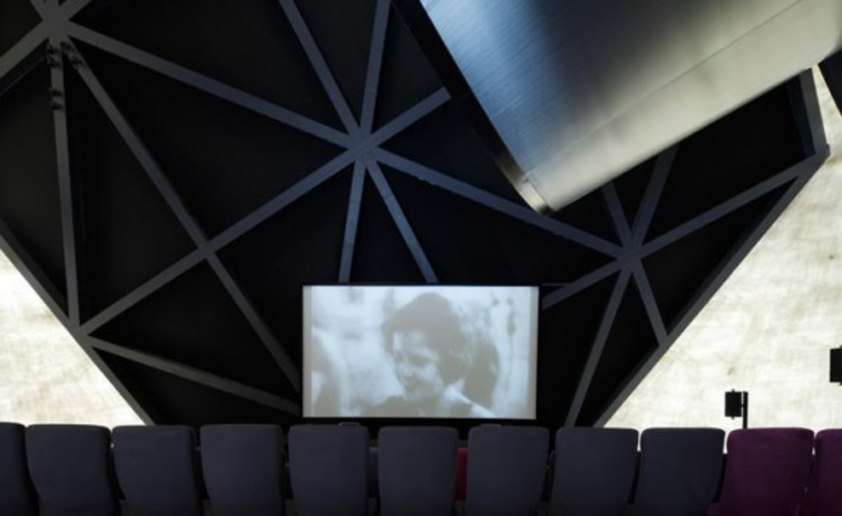 prada_transformer_cinema_4
