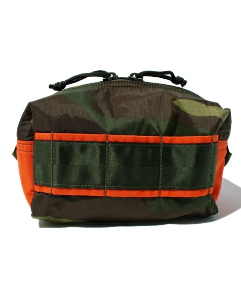 briefing-mobile-pouch-medium-03