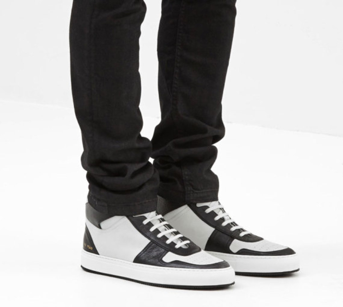 common-projects-basketball-hi-top-sneakers-02