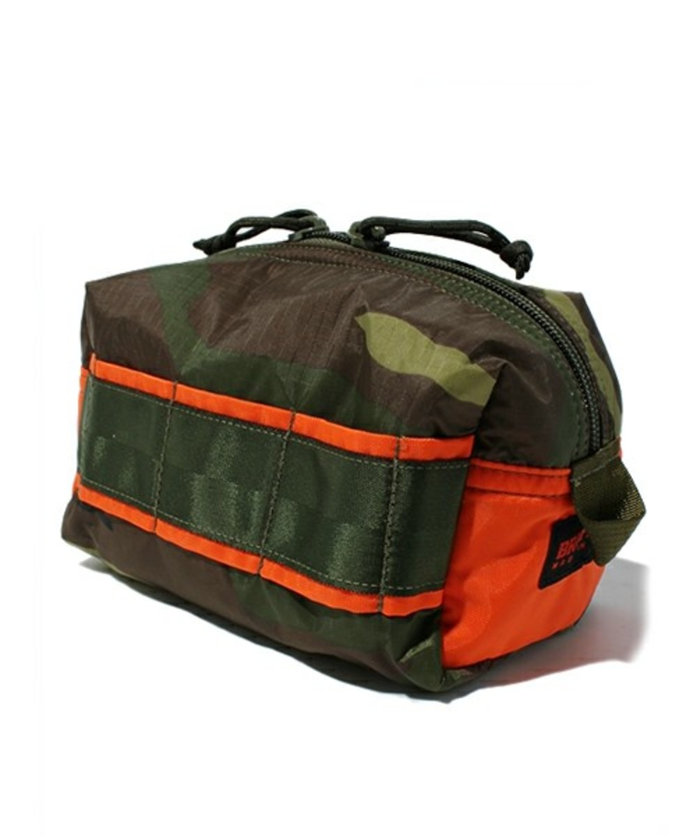briefing-mobile-pouch-medium-04