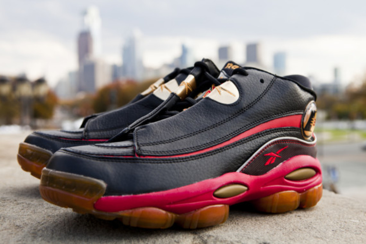 reebok answer i black/red-gold
