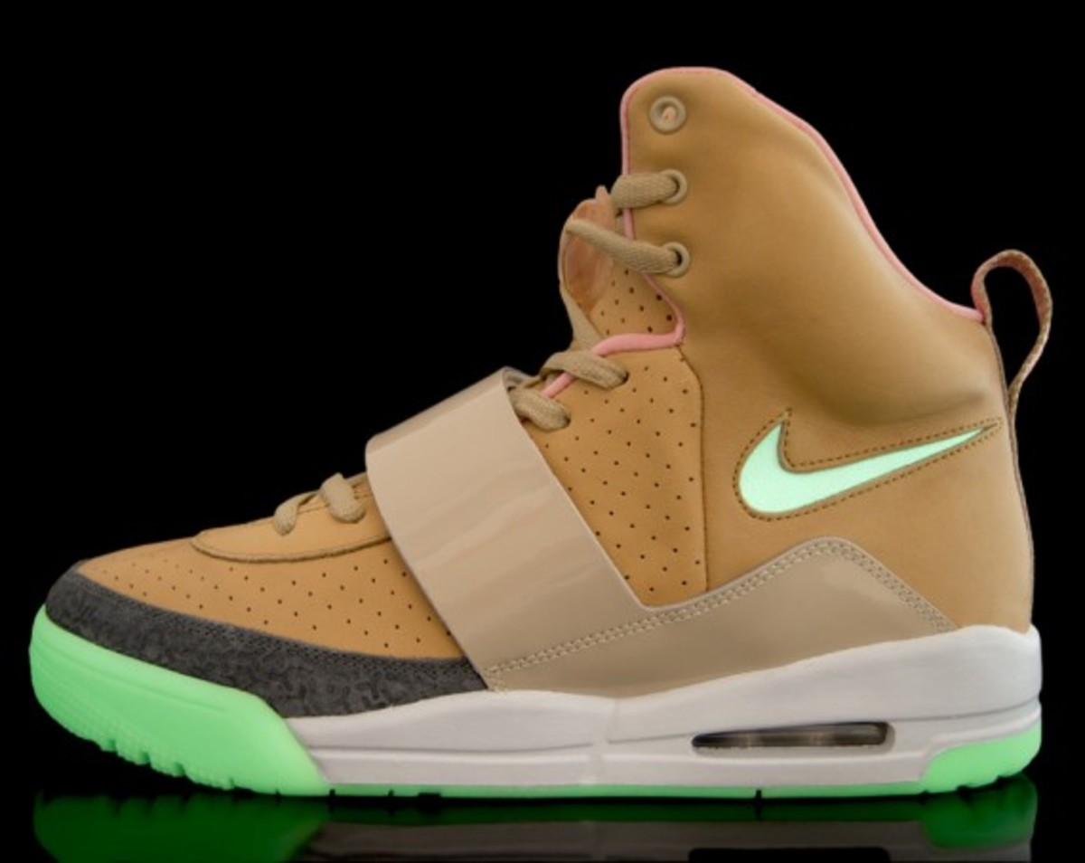 Nike Sportswear x Kanye West - Air Yeezy (Net/Net-Tan)