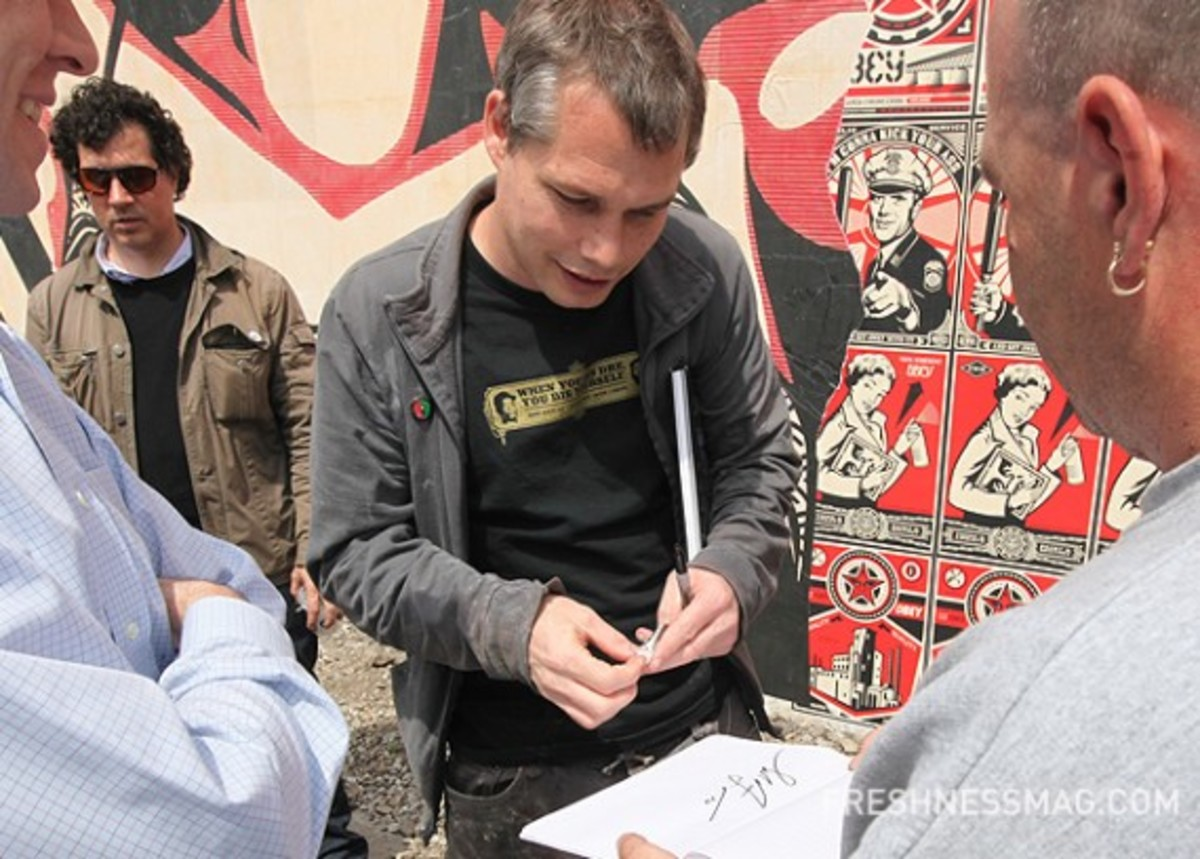 shepard-fairey-deitch-projects-mural-12