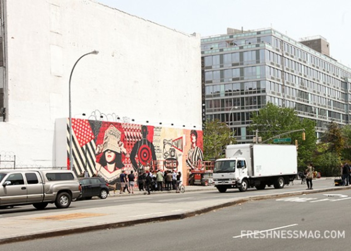 shepard-fairey-deitch-projects-mural-01