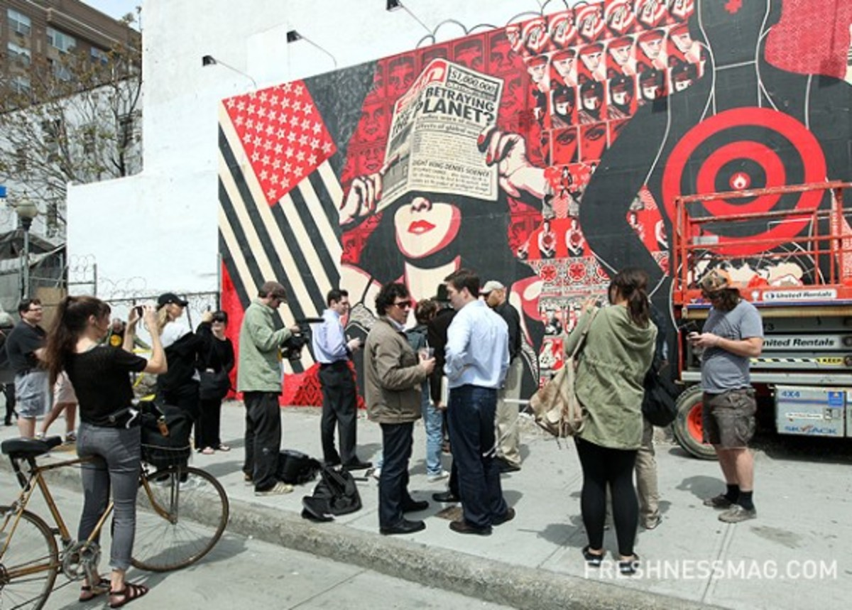 shepard-fairey-deitch-projects-mural-04