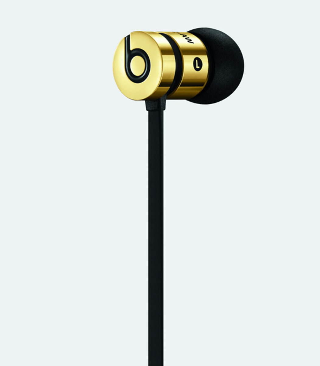 alexander-wang-beats-by-dr-dre-collection-detailed-look-06